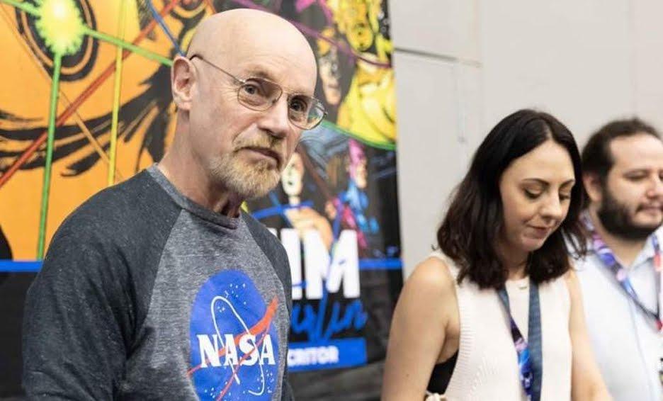 Asistente de escritor de Marvel da positivo a Covid-19, estuvo en La Mole