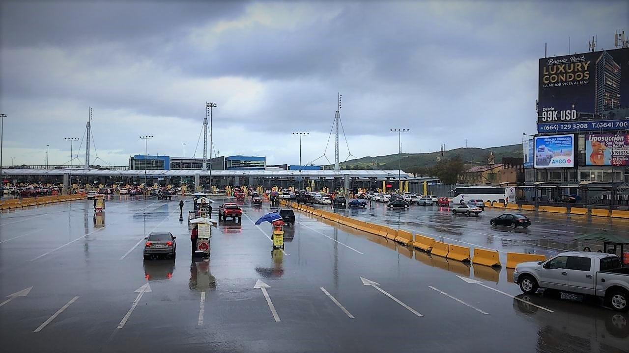 México y Estados Unidos cierran frontera, comercio no se verá afectado