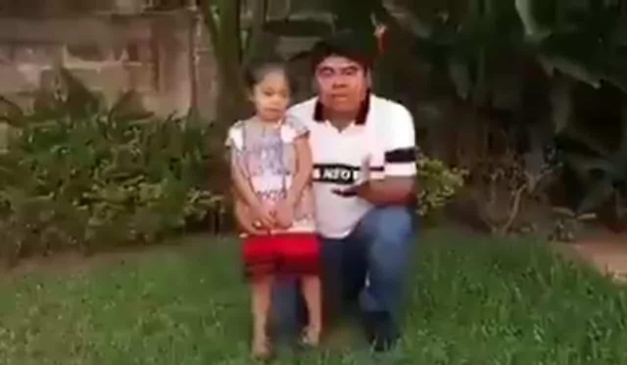 Defiende a AMLO el padre de la niña que besó