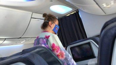 Photo of Encaran a esposa de AMLO mientras viajaba en primera clase