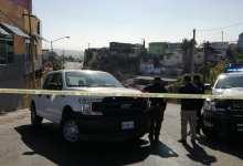 Photo of Dejan cadáver maniatado en vía pública