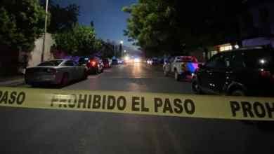 Photo of Se hacen pasar por pacientes, roban y matan a esposa e hijo de doctor