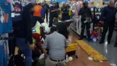 Balacera-en-Walmart-desata-pánico-hay-un-herido