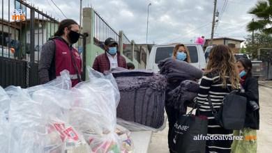 Municipio-entrega-apoyos-a-afectados-en-colonia-3-de-Octubre