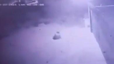 VIDEO-Recibe-fulminante-descarga-eléctrica-al-Intentar-robar-conductor