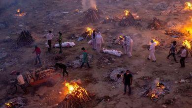 india-colapsada-por-muertes-de-covid-19-realiza-cremaciones-masivas