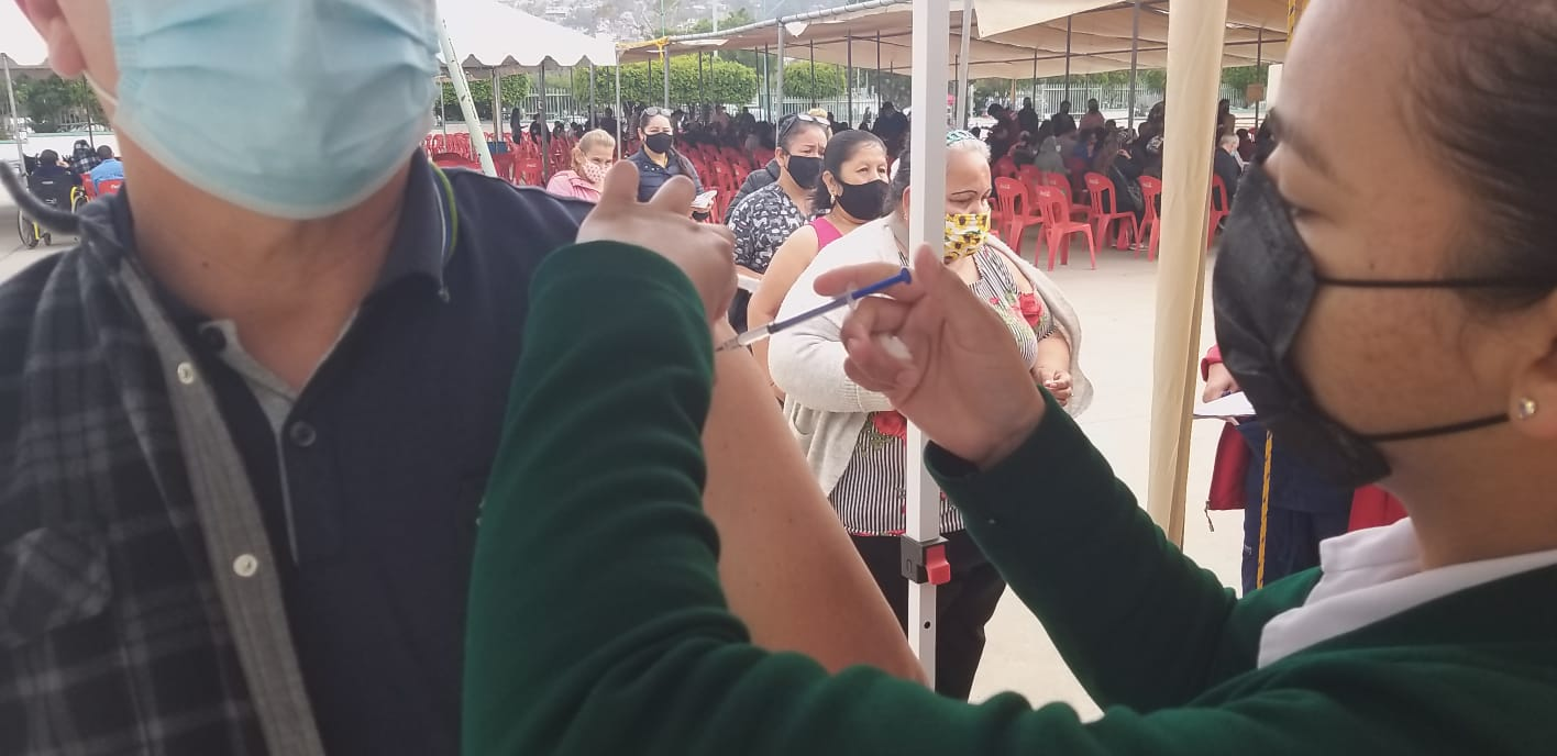 357-mil-bajacalifornianos-tienen-vacunacion-completa-contra-covid