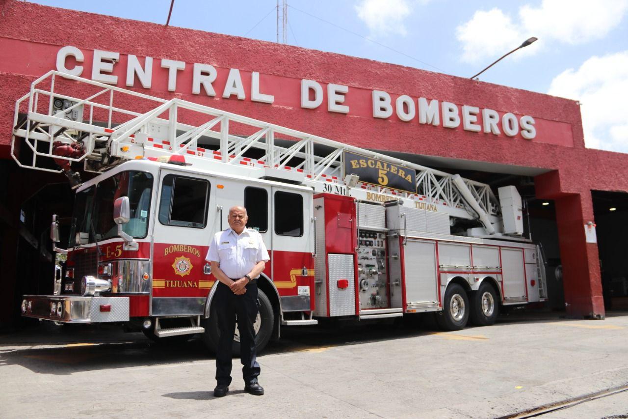 eduardo-martinez-es-un-impulsor-de-la-modernizacion-de-bomberos