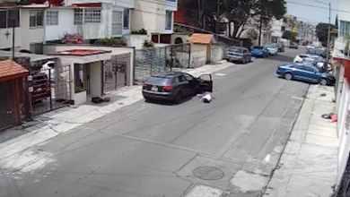 VIDEO-Lanza-desde-auto-a-su-novia