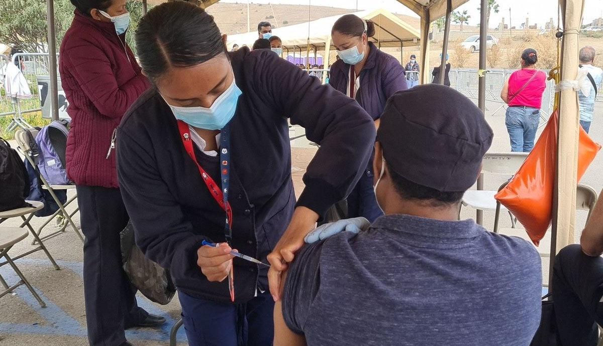 Sigue-la-vacunación-para-50-a-59-años-y-embarazadas-en-Tijuana