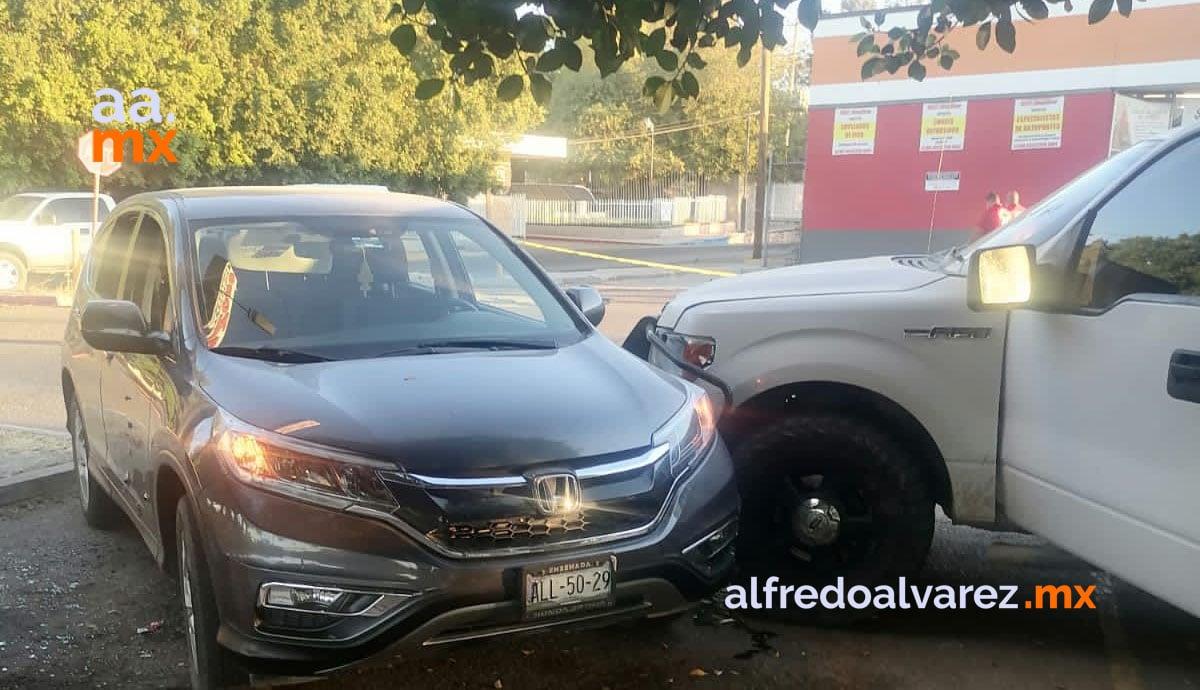 Le-quitan-la-vida-a-policía-municipal-en-estacionamiento