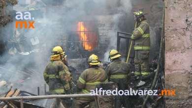 Fuerte-incendio-deja-sin-viviendas-a-familias