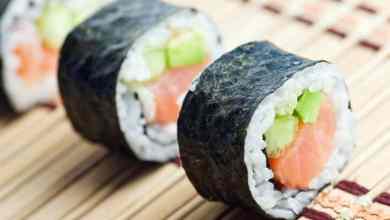 mesera-de-sushi-recibe-propina-de-20-pesos