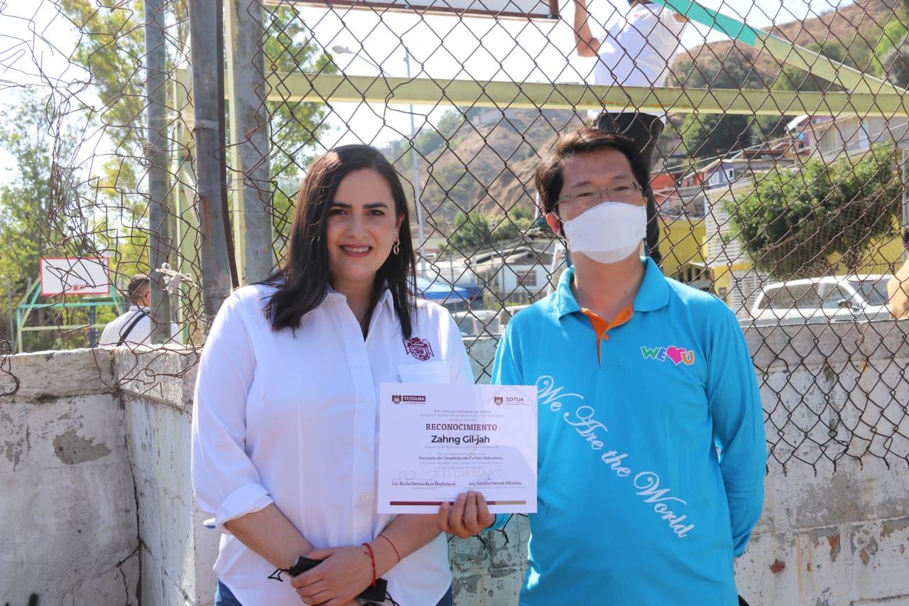 Fundación-We-love-u-apoya-municipio-en-jornada-de-limpieza