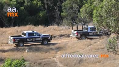 Sujetos-armados-atacan-a-policías