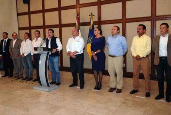 presentes-integrantes-junta-coordinacion-metropolitana_milima20161015_0064_10