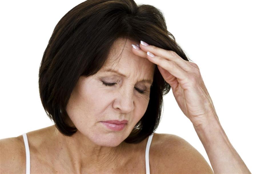 اعراض سن اليأس 16 علامة مختلفة وكيفية التعامل معها كل