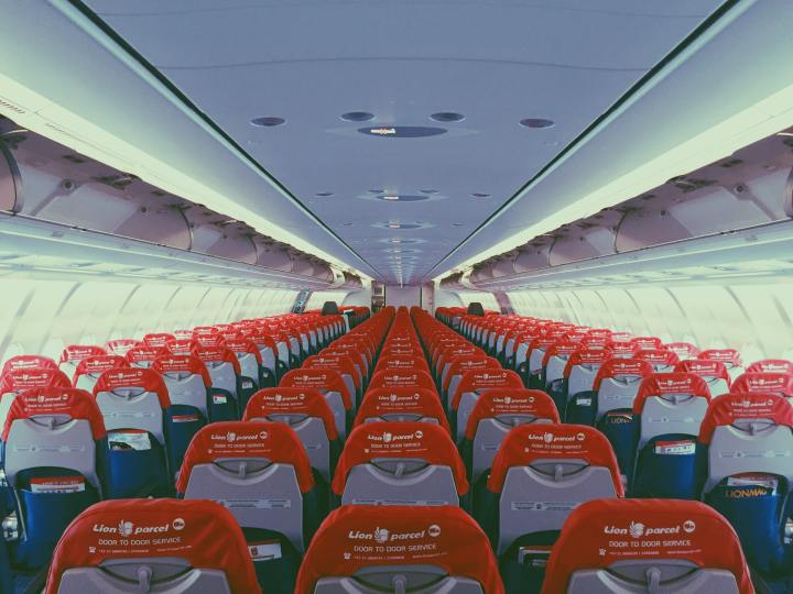 Airplane seats - math activities for high school