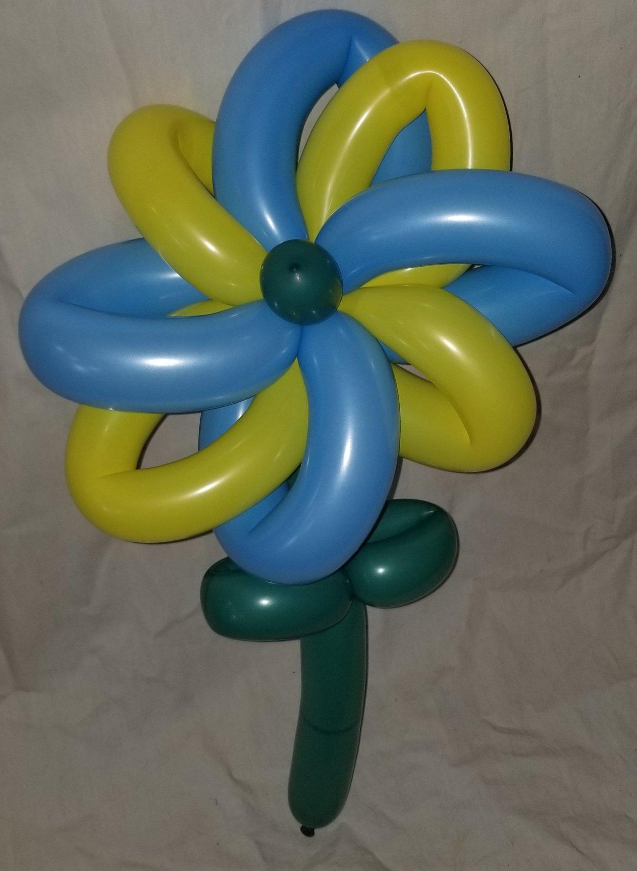 バルーンアートの8つ花の風車タイプ
