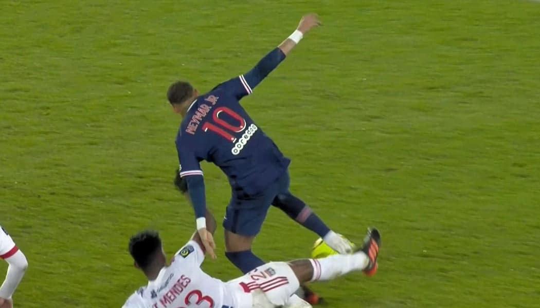 France : PSG – Lyon (0-1)