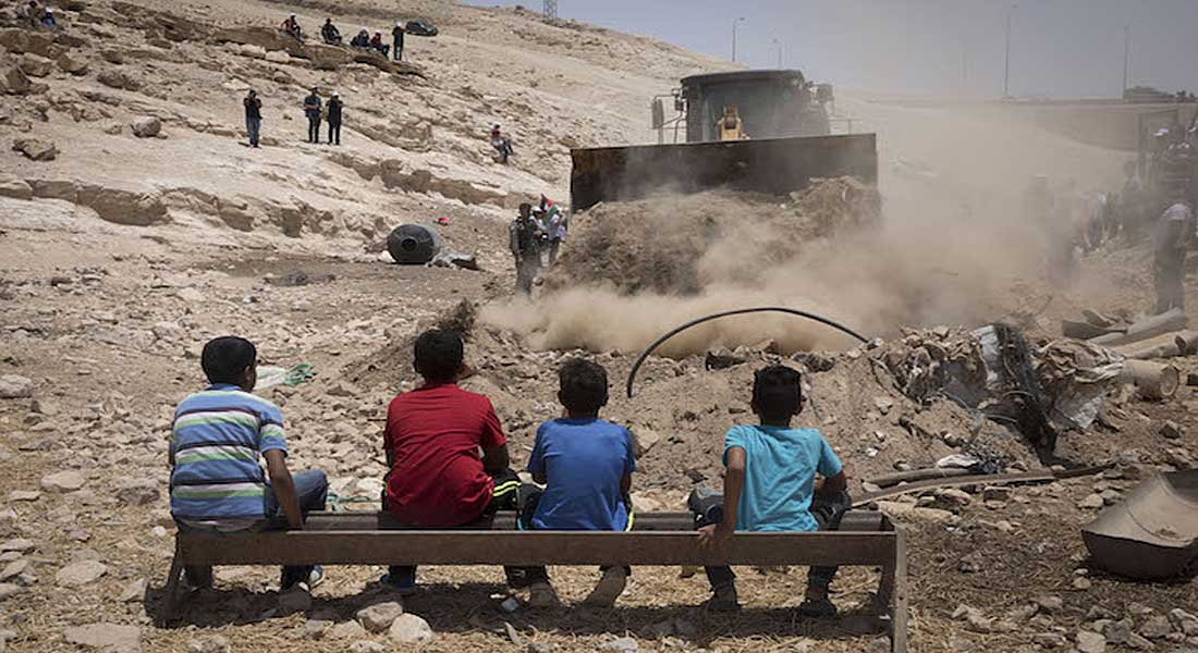 Cisjordanie: Israël envoie  ses bulldozers pour démolir un village de bédouins