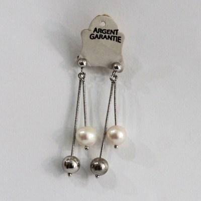 Boucles d'oreilles en argent pendantes perles