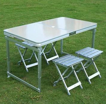 Grante table pique nique pliable