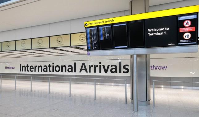 14 jours à toute personne arrivant au Royaume-Uni depuis n'importe quel pays