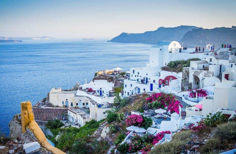 News >>>La Grèce annonce sa réouverture pour le tourisme et easyJet annonce la reprise des vols