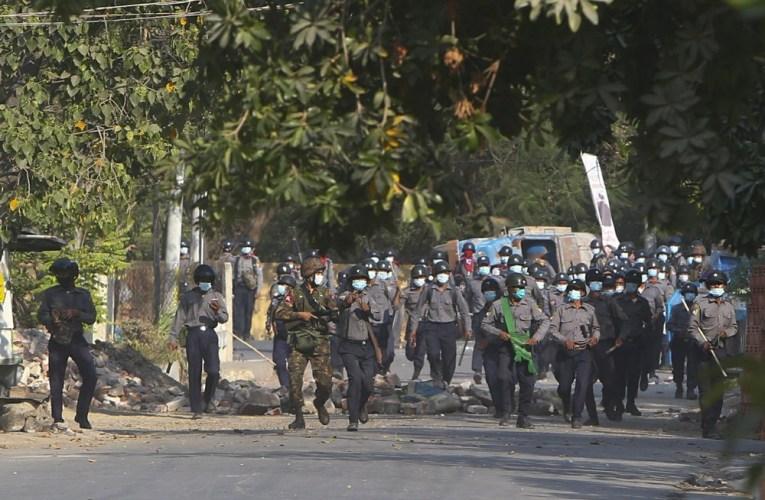Un journaliste de l'Associated Press arrêté par la police au Myanmar