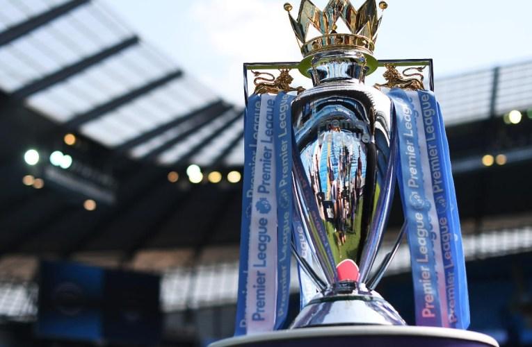 Manchester City sacré champion d'Angleterre après la défaite de Manchester United contre Leicester City