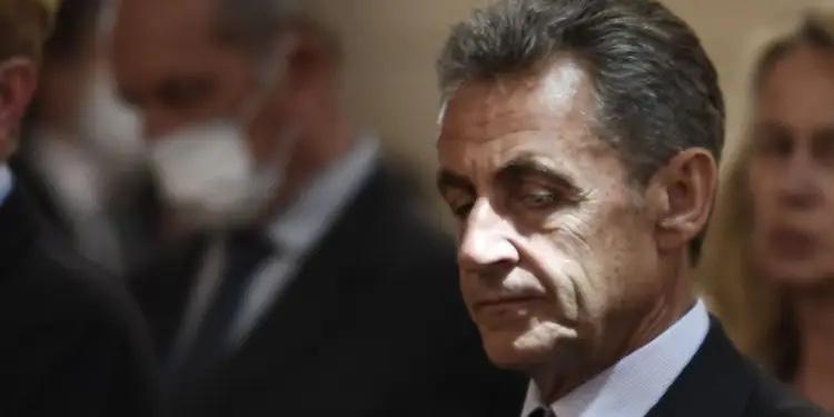 Sarkozy condamné à un an de prison ferme