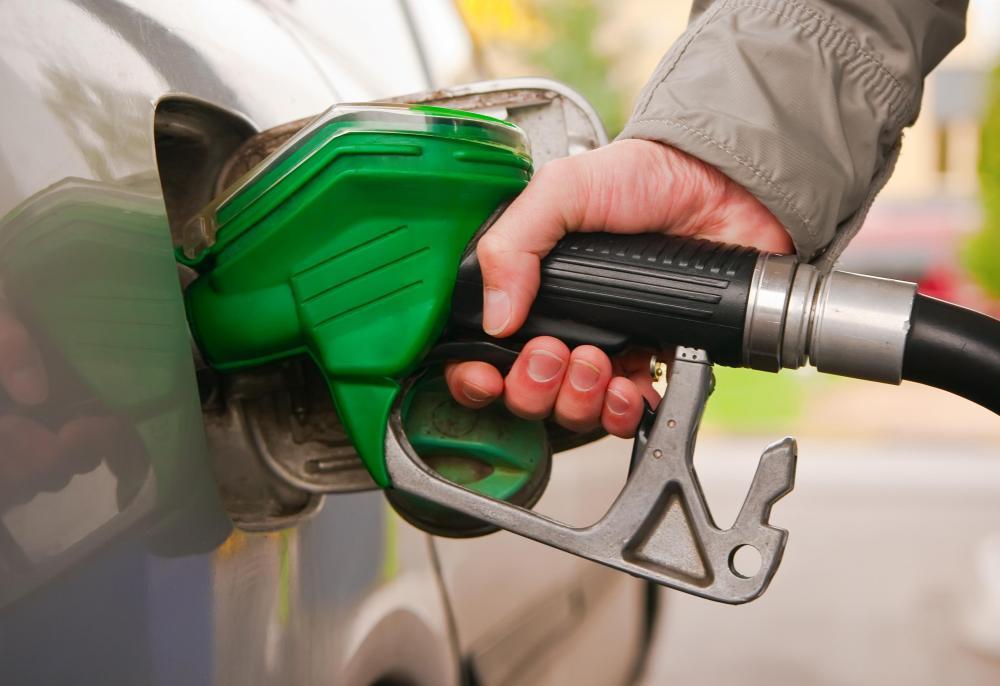 ماذا تفعل إذا وضعت الوقود الخطأ في سيارتك Alghad