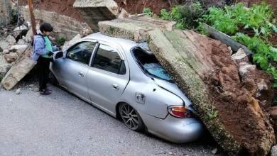 انهيار جدار استنادي على مركبة في كفرنجة