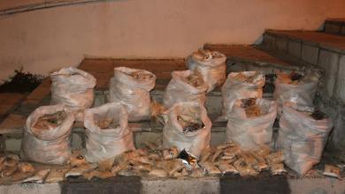 Photo of إحباط تهريب مليون حبة مخدرة وضبط 4 متورطين بالقضية (صور)