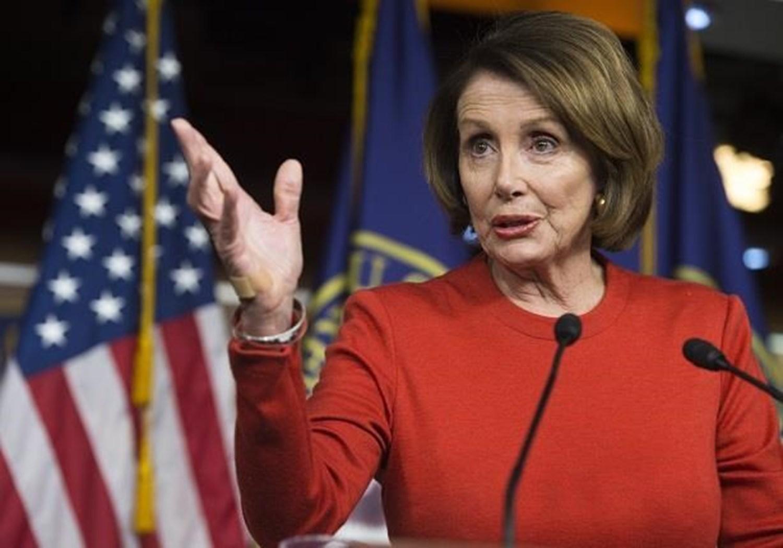 الرئيسة الديموقراطيّة لمجلس النوّاب الأميركي نانسي بيلوسي