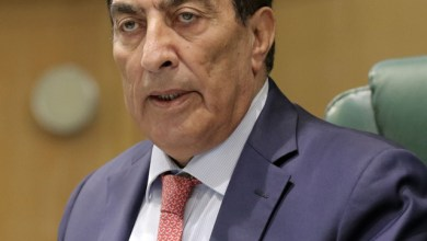 Photo of الطراونة: بعد 18 عاماً كنائب ورئيس مجلس لا أعرف عدد الهيئات المستقلة