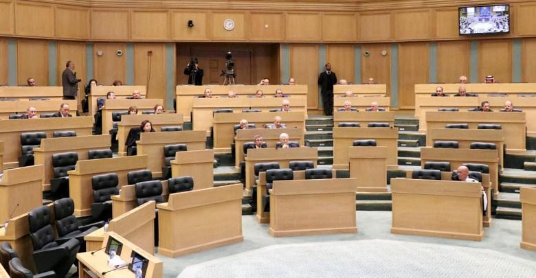 Photo of الاعيان يقر أربعة قوانين كما وردت من النواب