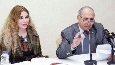 Photo of الكاتبة سارة السهيل تدعو لإحياء أدب الرحلات والنوادر والفكاهة
