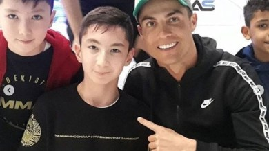 رونالدو بمرافقة طفل من اصحاب الهمم في دبي