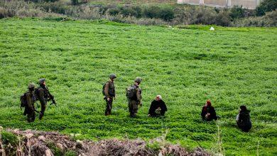 جنود الإحتلال الإسرائيلي في نقطة ال تفتيش الحمرا في غور الاردن اليوم - ا ف ب