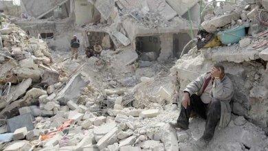 Photo of ضربات جوية تقودها روسيا تقتل 40 شخصا في شمال غرب سورية