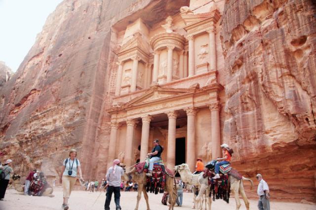 إلى الأردنيين.. الحكومة تعفيكم من رسوم دخول المواقع الأثرية غدا