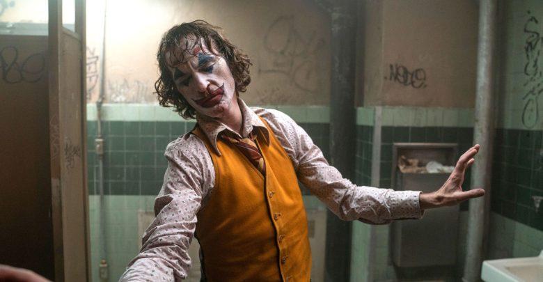 الممثل خواكين فينيكس في مشهد من فيلم الجوكر المرشح ل11 جائزة في اوسكار 2020