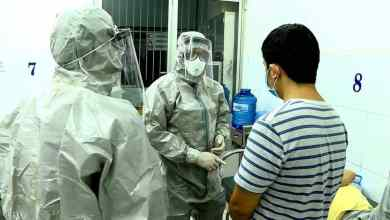 Photo of وفاة أول إيرانيين بفيروس كورونا بعد ساعات من إعلان الإصابة
