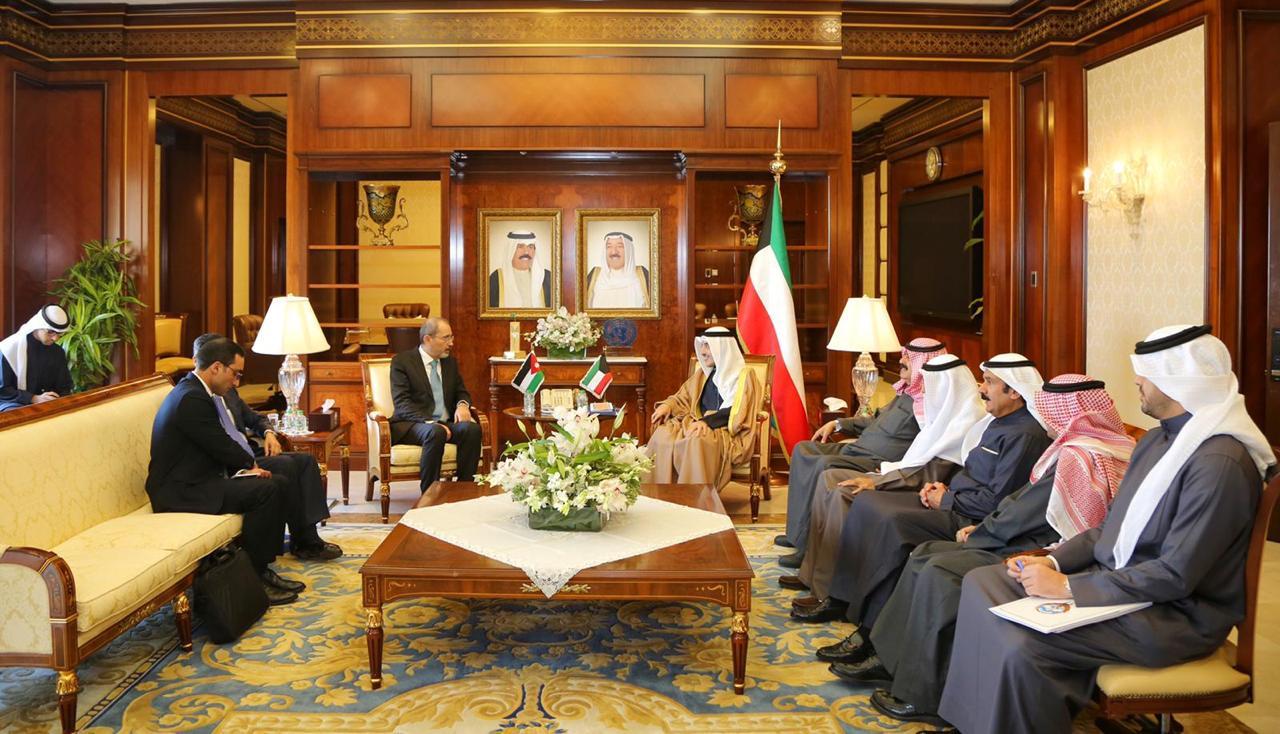 جانب من المحادثات بين وزيري الخارجية الأردني والكويتي