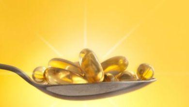 """يوصي المسؤولون الصحيون بتناول مكملات فيتامين """"د"""" خلال فترة الإغلاق"""