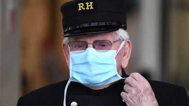 Photo of حصيلة وفيات كورونا في بريطانيا ترتفع إلى 26097
