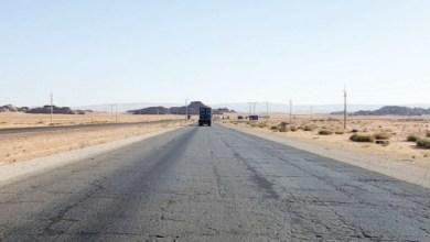 """Photo of """"النقب – العقبة"""": كيف تحول الطريق إلى """"عداد للحوادث""""؟"""