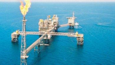 Photo of النفط يتراجع ويحافظ على بعض مكاسبه